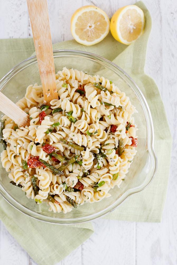 Sun Dried Tomato & Asparagus Pasta Salad